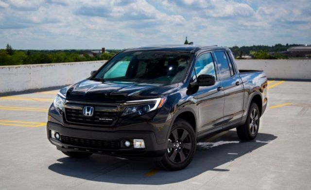 If You Are Looking For A Premium Pickup Truck Honda Might Have A Solution For You The 2020 Honda Ridgeline Black Edition Honda Ridgeline Honda Black Edition