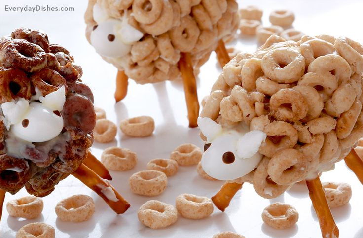 Turn classic Cheerios into a fun treat the kids cannot resist with this Easter recipe for how to make Cheerios sheep snacks!