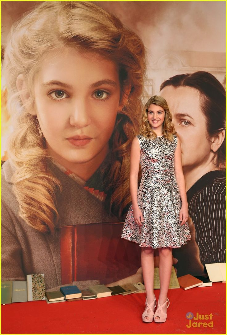 best images about sophie nelisse and the magic of the book sophie neacutelisse nico leirsch the book thief premiere