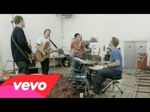 Coldplay - Shiver - http://afarcryfromsunset.com/coldplay-shiver-2/  Shiver came out 15 years ago today on 3/6/2000. Love the Classic Globe in in the back:)