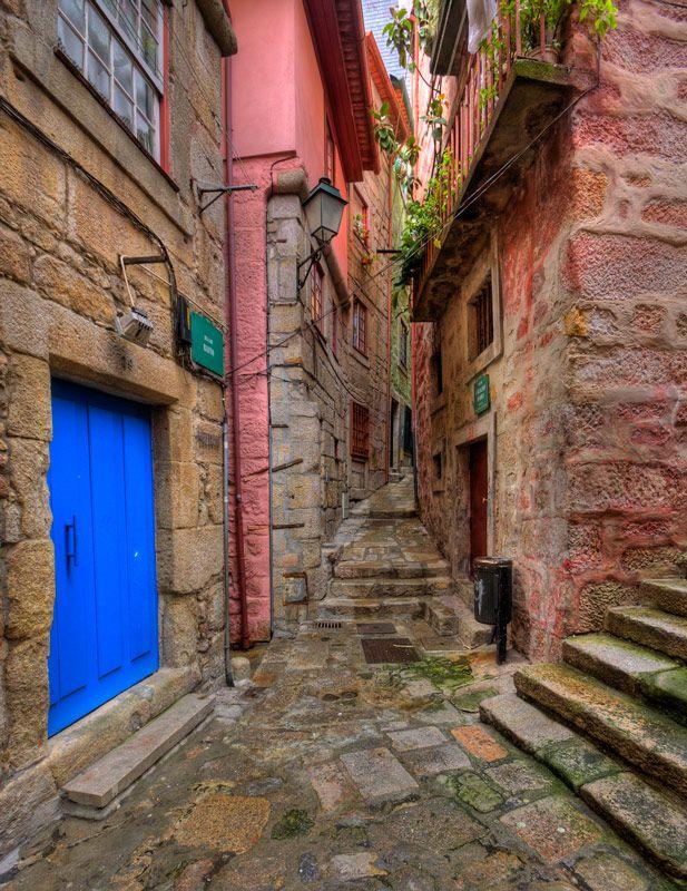 Back street, Porto, Portugal