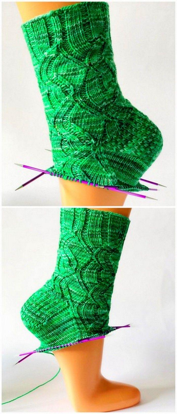 Unique Designs of Amazing Crochet Handbag & Accessories