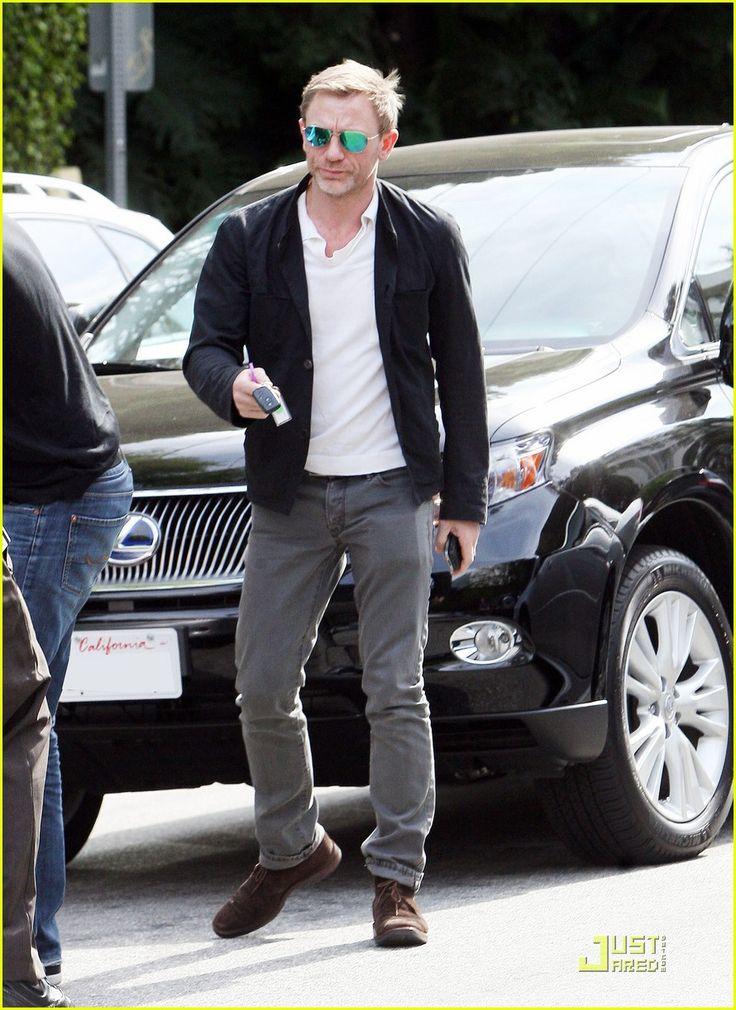 Daniel Craig: Bond Returns! | daniel craig bond returns 02 - Photo