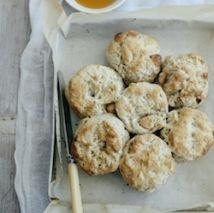 Lemon myrtle and macadamia scones