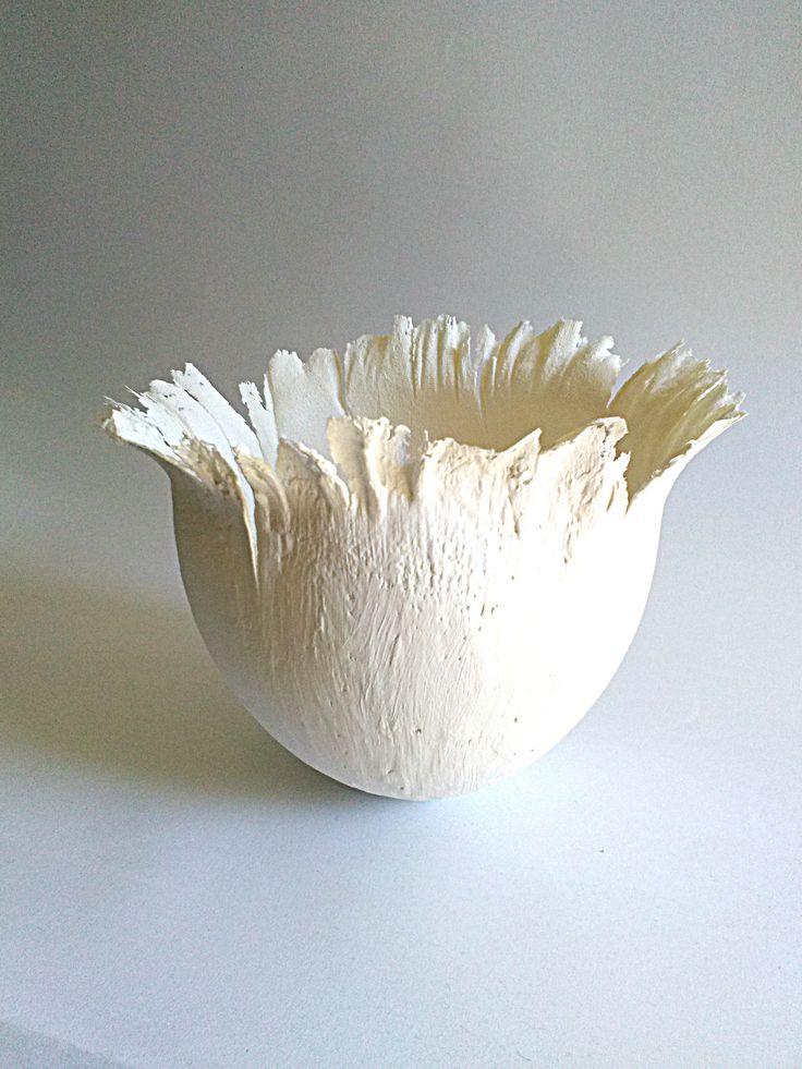"""Vaso """"Ghost"""" in paper clay di porcellana, vaso di porcellana bianca decorazione per la casa di MIluminashop su Etsy"""