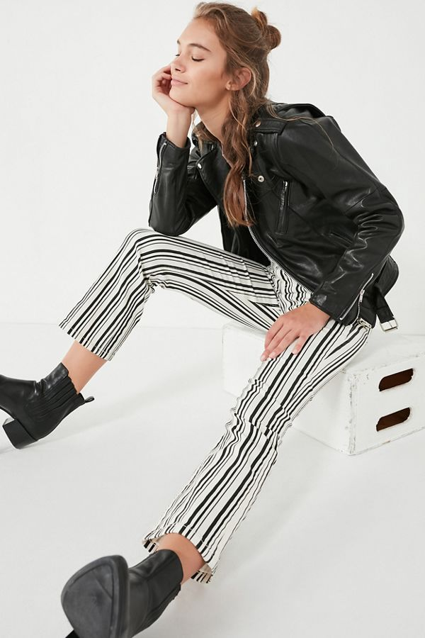 e5d3318ed883 Slide View  1  BDG High-Rise Cropped Kick Flare Jean – Stripe