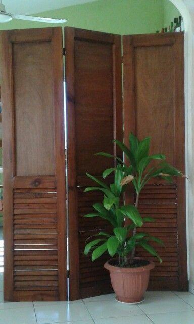 Puertas de closet recicladas para un biombo reciclados - Puertas de biombo ...