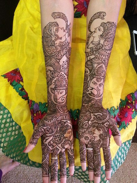 mehndi maharani finalist: Mala's Bridal Services http://maharaniweddings.com/gallery/photo/13922