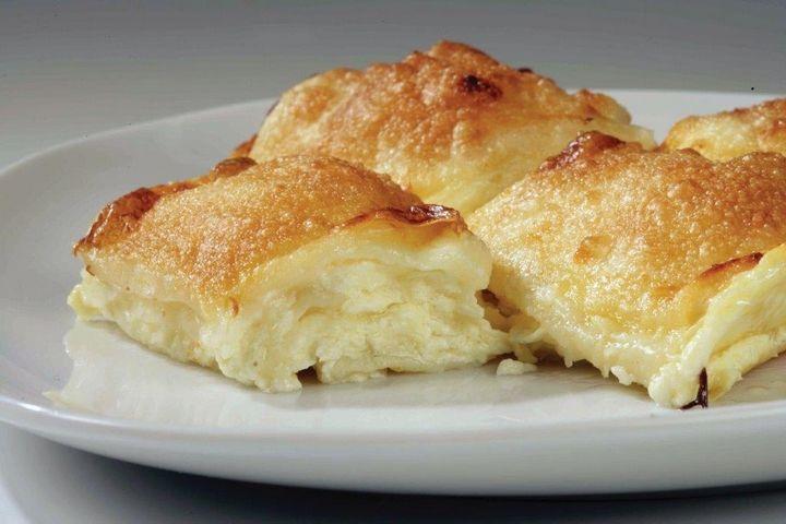 Štrukli - 10 potraw, które musisz spróbować będąc w Chorwacji || http://crolove.pl/10-potraw-ktore-musisz-sprobowac-bedac-w-chorwacji/ || #Chorwacja #Croatia #Hrvatska #CroatianFood #FoodPorn