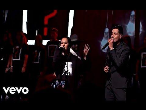 Black Eyed Peas - #DóndeEstáElAmor ft. El Mundo - YouTube