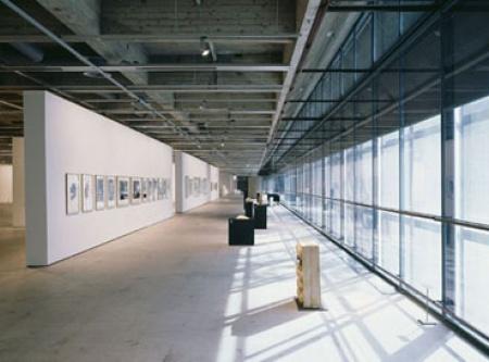EMMA - Espoon modernin taiteen museo | EMMA - Espoon modernin taiteen museo on yksi Suomen suurimmista taidemuseoista.