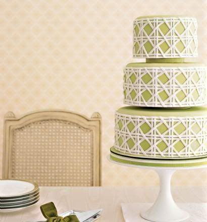 designed by Kate Sullivan.  That cake is PERFECT: Green Cakes, Cakes Ideas, Colors, Green Wedding Cakes, Lattices Cakes, Cakes Design, White Cakes, Folding Chairs, Green Lattices