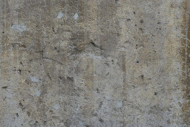 Tips On Painting Cement Walls Ehow Com Painting Cement Outdoor Wall Paint Painting Concrete