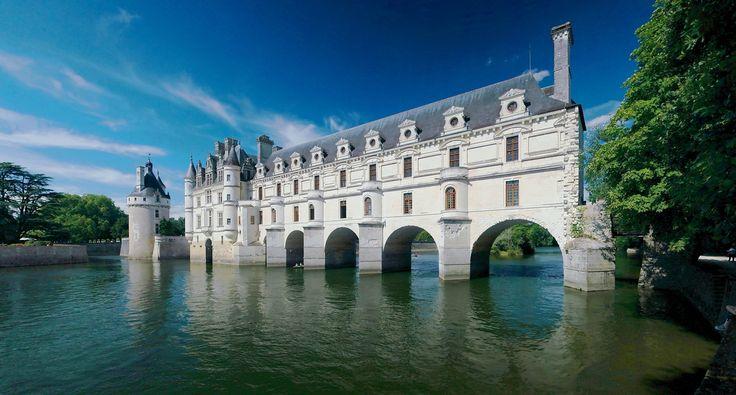Chateau De Chenonceau Spans The Cher River Loire Valley France
