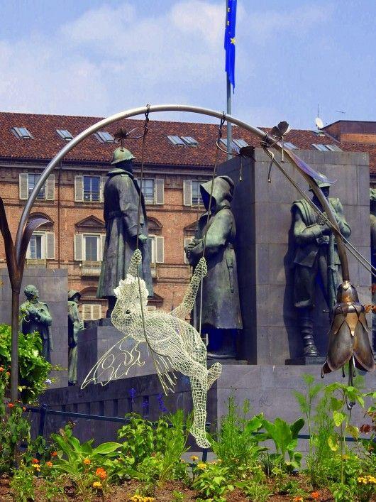 Scultura di Rodolfo un giardiniere della città di Torino