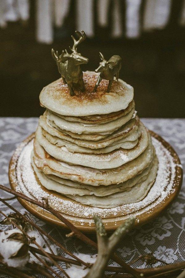 Pancake wedding cake | Lena Peterson Photography
