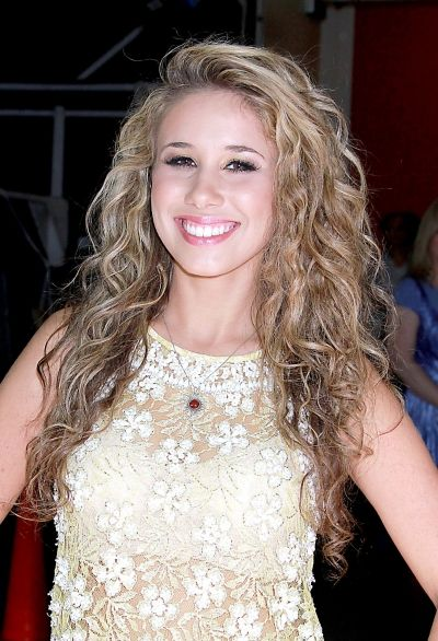 Possible new hairstyle..wavy perm :) omg Its haleyyyy!!!!!