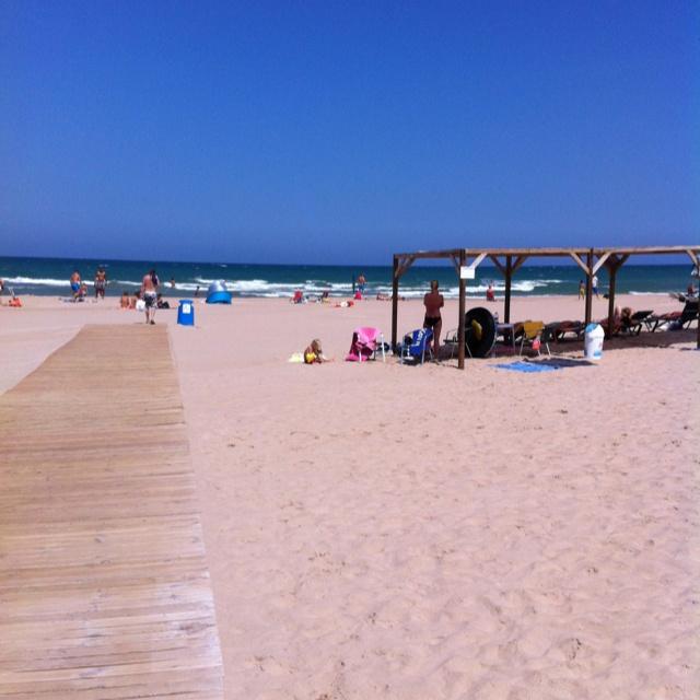 Strand bij Oliva in Spanje.