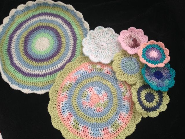 Make Crocheted Leaves for Every Season With These Free Crochet Patterns