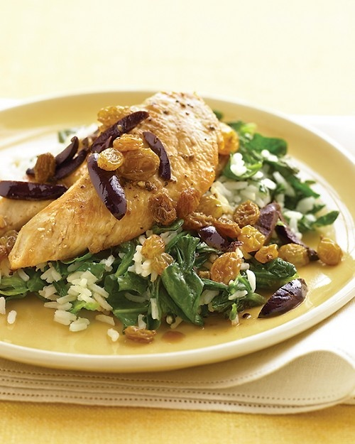 Chicken with Olives, Raisins, and Spinach Rice: Kalamata Olives, Chicken Cutlets, Dinners Tonight, Rice Recipes, Recipes Chicken, Spinach Rice, Chicken Dishes, Martha Stewart, Quick Chicken Recipes
