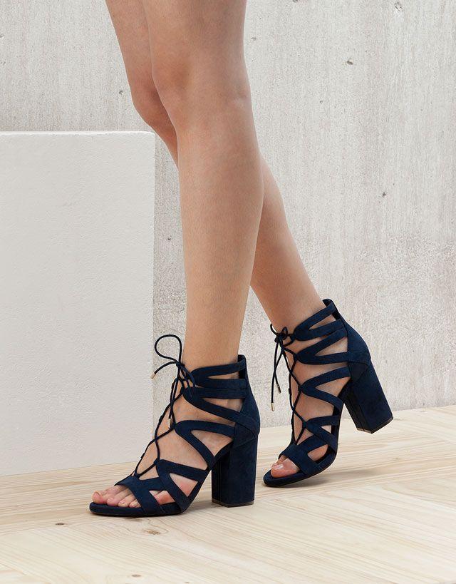 - Spring/Summer - Des sandales à lacets pour les beaux jours d'été ! -