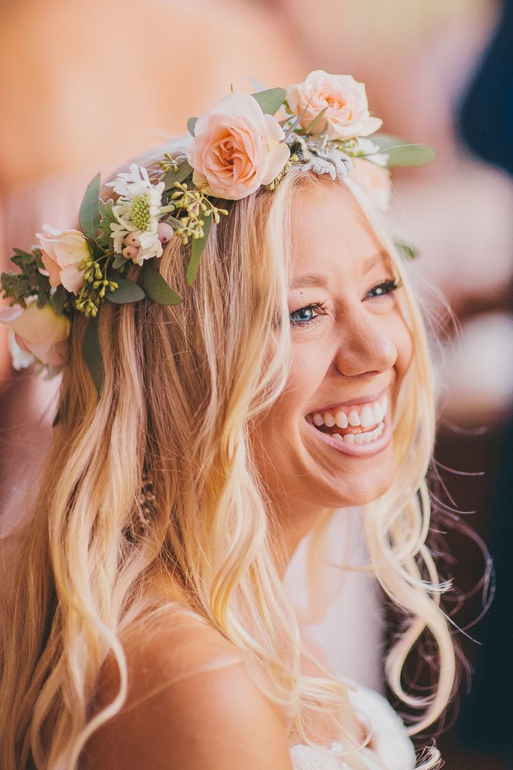haku lei for the perfect bride! love the simplicity and ...