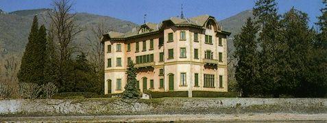 Villa Dozzio | Tavernola #lakecomoville