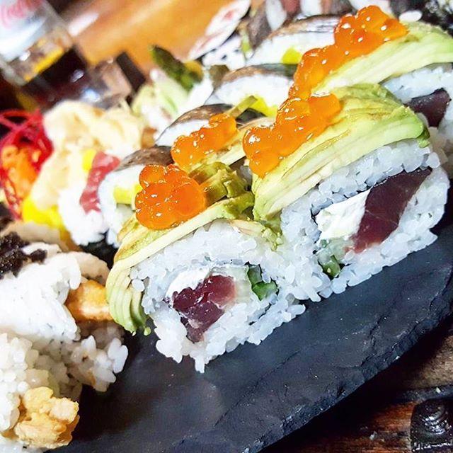 #sushi #food #foodporn #fitness #fitnessfood #fitnesslifestyle #lieblingsessen #lieblingsrestaurant #avocado #caviar #superfood #instafood #solässtessichleben #instadaily