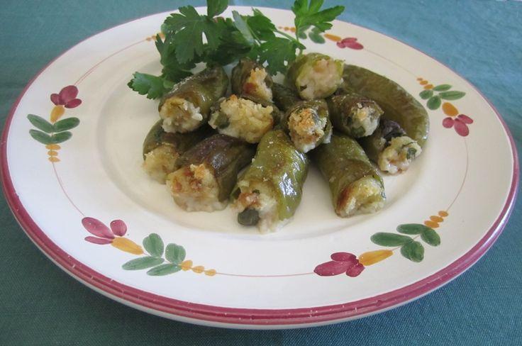 Peperoncini verdi ripieni al forno http://blog.giallozafferano.it/lacucinadijohnny/peperoncini-verdi-ripieni-al-forno/