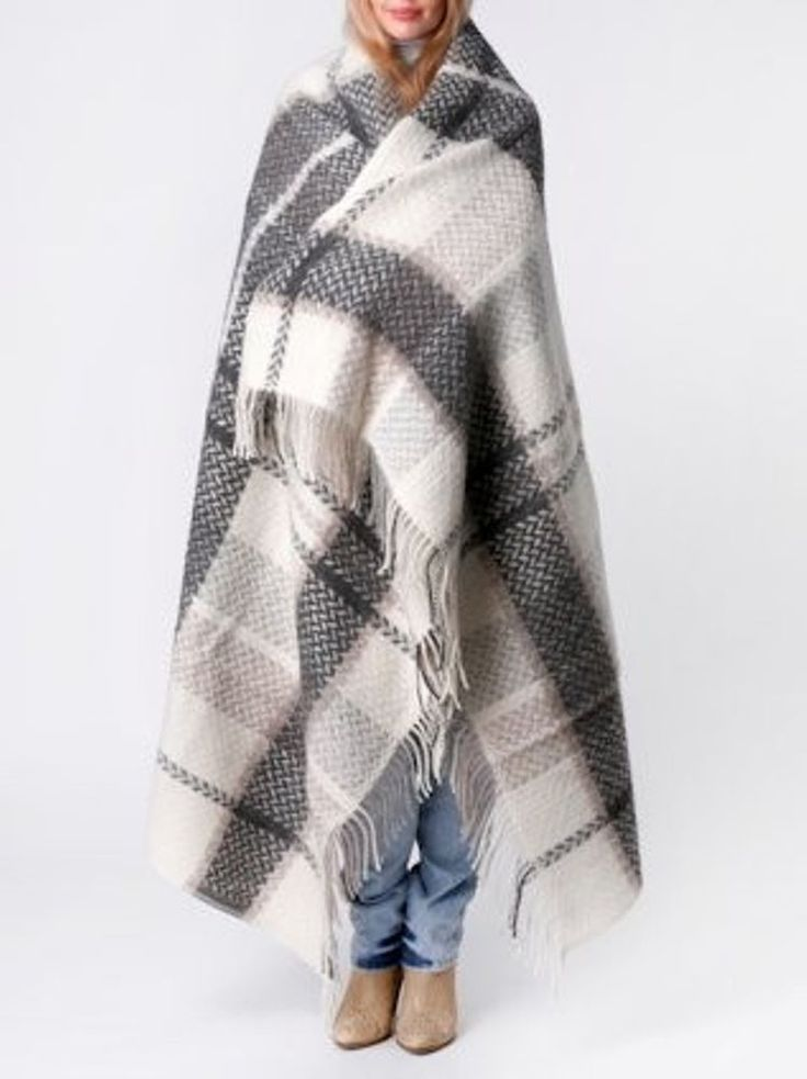Luxurious Wool Blanket  Traditional Icelandic Design 130 x 180 cm / 51 x 70 in. #Unbranded #Traditionalicelandicdesign