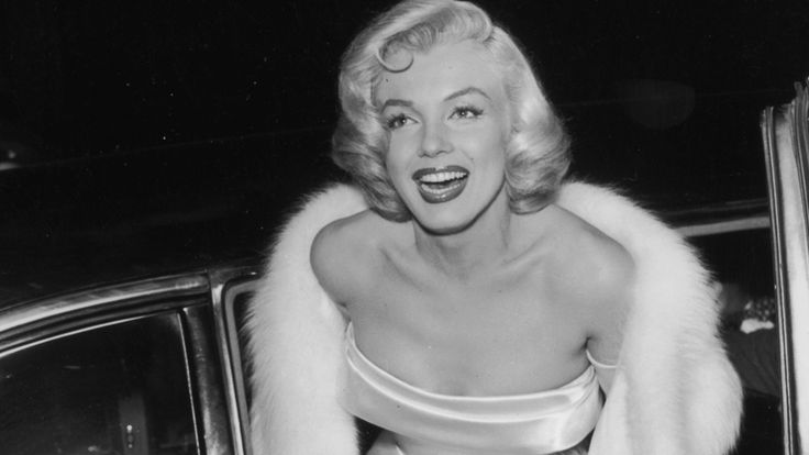 How Marilyn Monroe Changed Over The Years: Celebrating her birthday, here is a look through the classic beauty of Marilyn Monroe over the years.