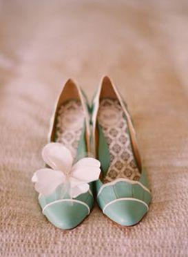 品があって生活感のあるものを。両家顔合わせ・結納のときの靴をまとめました!