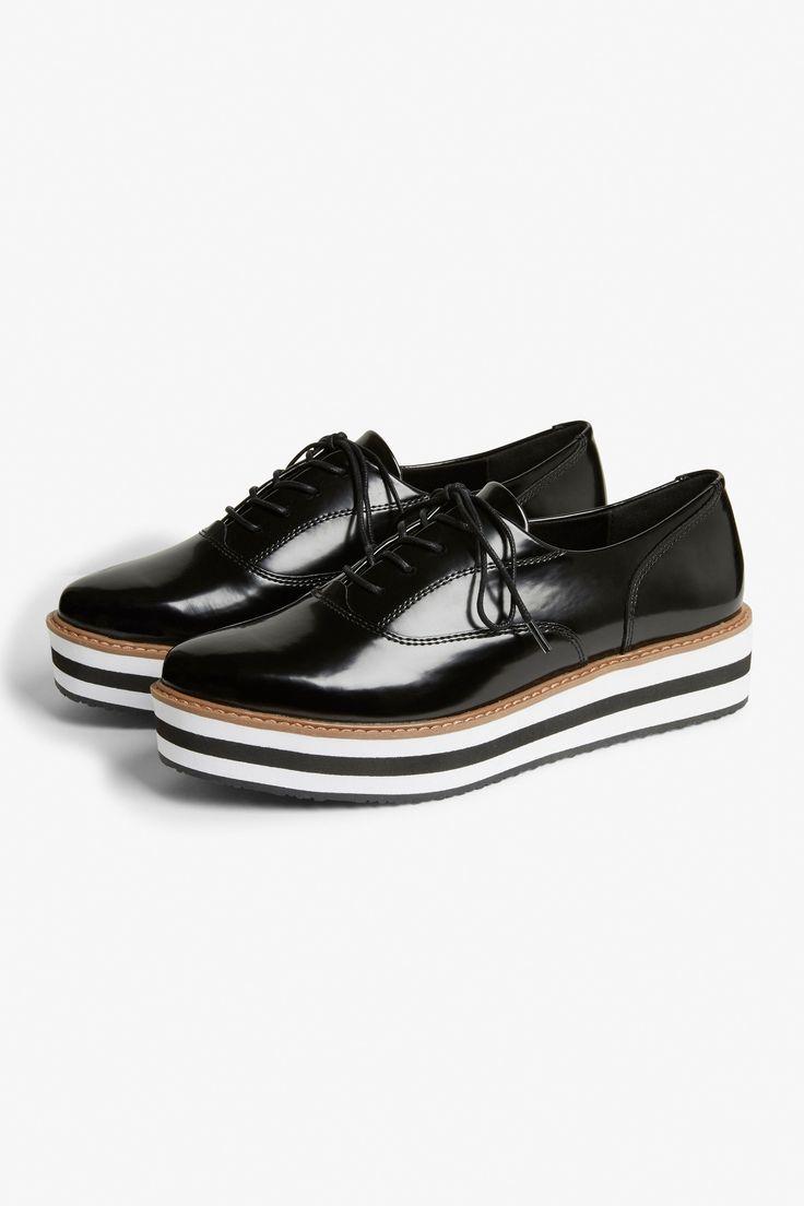 Flatform sneaker - Black magic/Sleek stripes - Shoes - Monki SE