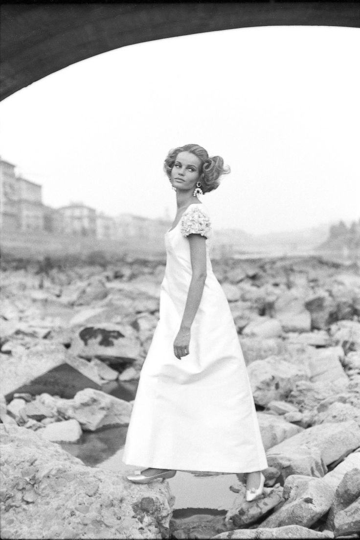 "Vera Gottliebe Anna Gräfin von Lehndorff (the 60s model ""Veruschuka"") as photographed by Johnny Moncada, back in the day."