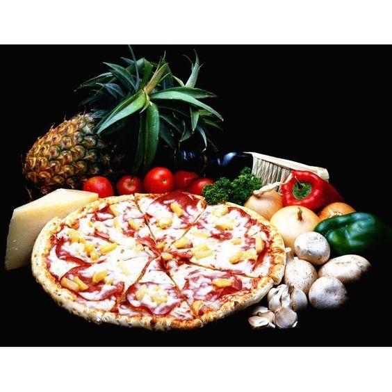 La pizza es uno de los platillos más versátiles que hace chuparse los dedos a miles de personas alrededor del mundo. Acá te presentamos las 15 recetas más deliciosas, después de leer esto correrás por una, ¡se vale saboreárselas!
