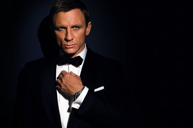 Daniel Craig Reportedly Signs to Return as James Bond