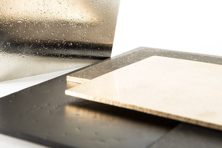 The Pure collection consists of tiles made from various types of metal, made in authentic sand mould and are finished by hand.