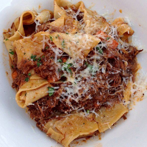 Braised Beef Ragu with Pappardelle (or any kind of braised short ribs)  might just be my favorite recipe ever. Like, ever ever. We're talking last  meal kind of dish.