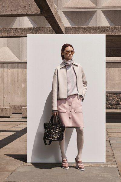 9335fb73f094 Bottega Veneta Resort 2019 New York Collection - Vogue