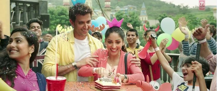 Kuch Din Song HD Video From Kaabil Ft Hrithik Roshan with Lyrics