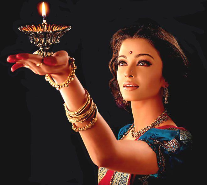 hum dil de chuke sanam. One of my favorite movies with aishwarya rai