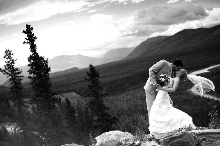 Denali  ~ Alaska ~ Wedding: Leah & Issac At Denali Grand by Joe Connolly