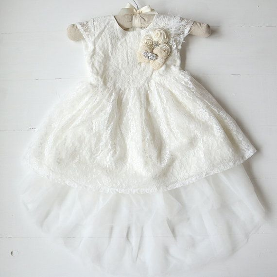 Ivory High Low Lace Flower Girl Dress Rustic von HeirloomsDressCo
