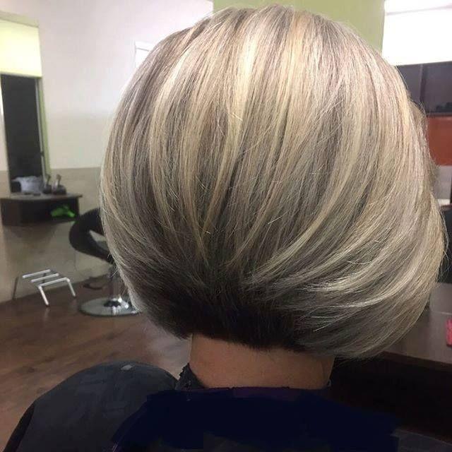 50 tagli di capelli medi shag per il vostro stile unico! ,    Avete notato quanto siano popolari i tagli di capelli medi shag, sempre più sfruttati dai personaggi famosi (e non solo!) per poter affermare u... Check more at http://www.tophairstyleideas.com/women-hairstyle/50-tagli-di-capelli-medi-shag-per-il-vostro-stile-unico/
