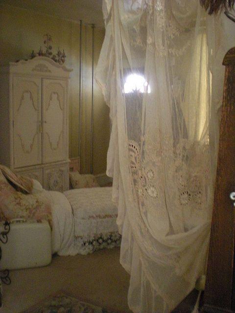 It will feel like a secret hideaway...  #countryliving #dreambedroom