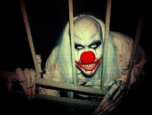 When You See It Scary Clown: This Would Be Fun To See In A Haunted House