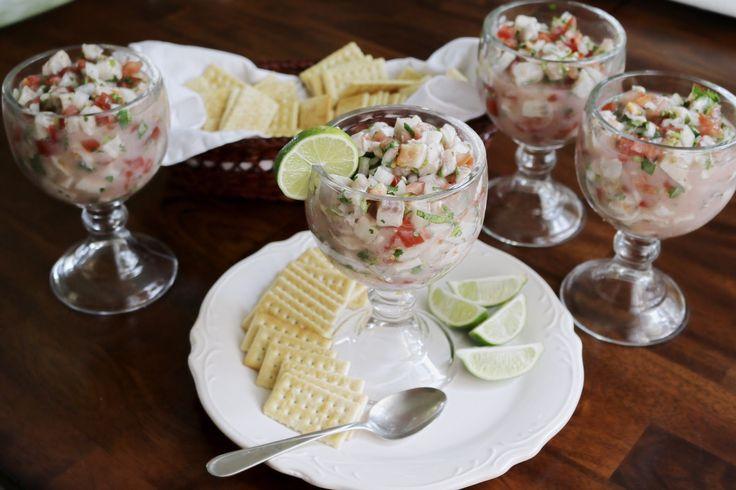 Una receta deliciosa para el verano . Ceviche de Pescado. Lo unico que necesitas es: • Tilapia • Tomate • Limón • Cebolla  • Cilantro  • Sal  Una receta muy fácil y deliciosa