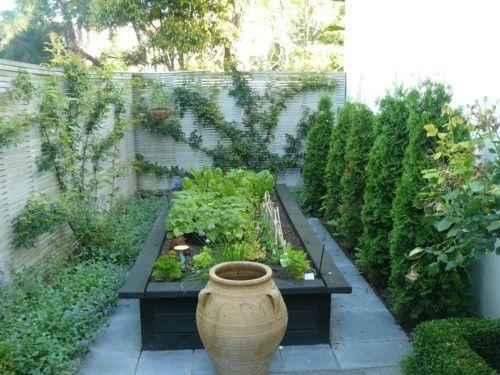black raised bedsGardens Ideas, Rose Gardens, Gardens Boxes, Vegetables Gardens Design, Raised Beds, Gardens Design Ideas, Formal Gardens, Garden Design Ideas, Veggies Gardens