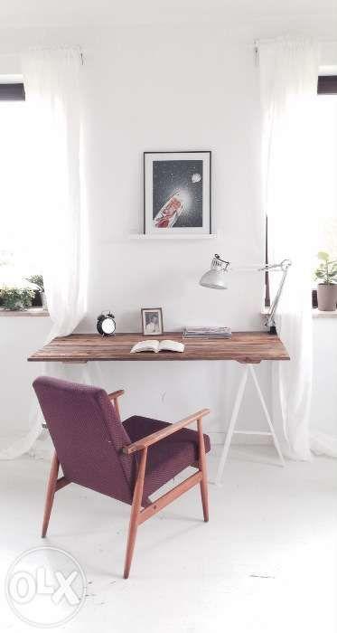 450 zł: Sprzedam markowe biurko ręcznie robione z pięknego drewna. Wymiary : Wysokość;73 cm Szerokość:69 cm Długość;120 cm