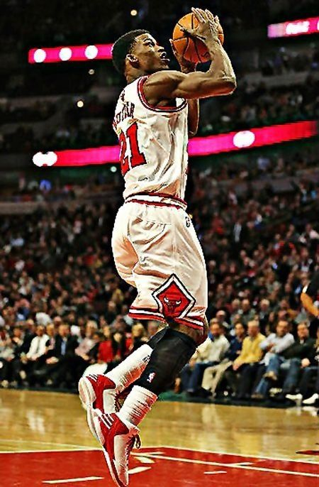 12 best y4u sports images on pinterest athletes hs sports and sport jimmy butler of the chicago bulls goes up for a shot against the dallas mavericks at the united center on november 2012 in chicago illinois voltagebd Gallery